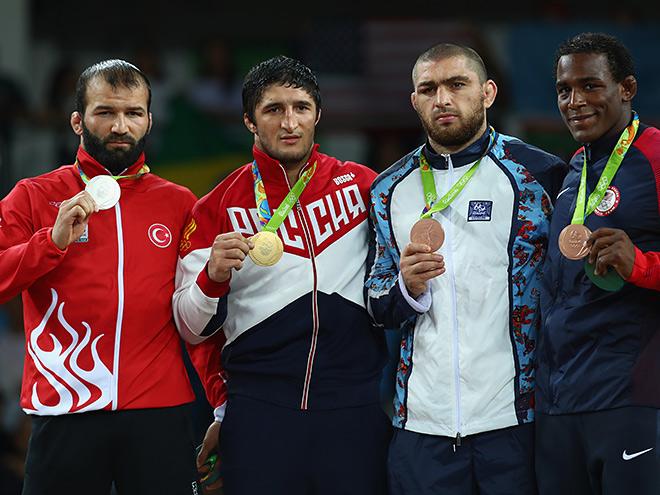 Олимпийский чемпион в вольной борьбе Абдулрашид Садулаев