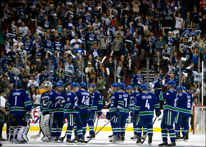 "Как дела, НХЛ? ""Ванкувер Кэнакс"""
