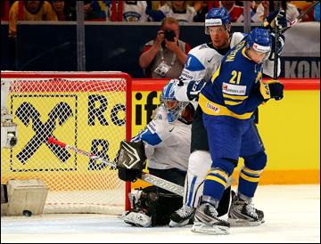 18 мая 2013 года. Стокгольм. Чемпионат мира. 1/2 финала. Финляндия — Швеция — 0:3. Луи Эрикссон открывает счет
