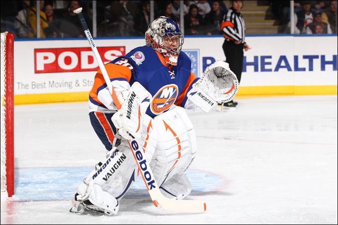 Евгений Набоков одержал свою 300-ю победу в регулярных чемпионатах НХЛ