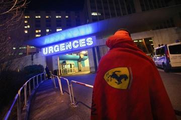 Госпиталь в Гренобле ночью