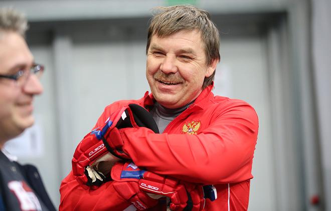 Олег Знарок на утренней раскатке сборной