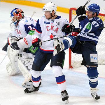 Лео Комаров вернулся, чтобы раздражать, раздражать и ещё раз раздражать