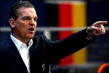 Главный тренер молодёжной сборной Швейцарии Шон Симпсон