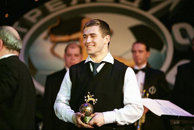 2002 год. Александр Кержаков на вручении премии «Стрелец» лучшему нападающему сезона