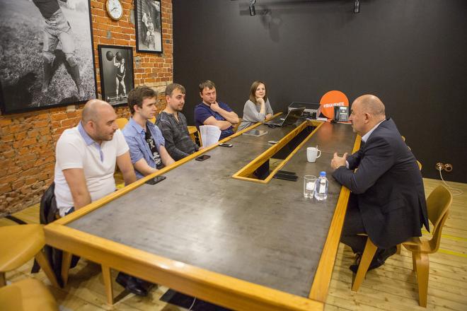 Станислав Черчесов и журналисты «Чемпионата»