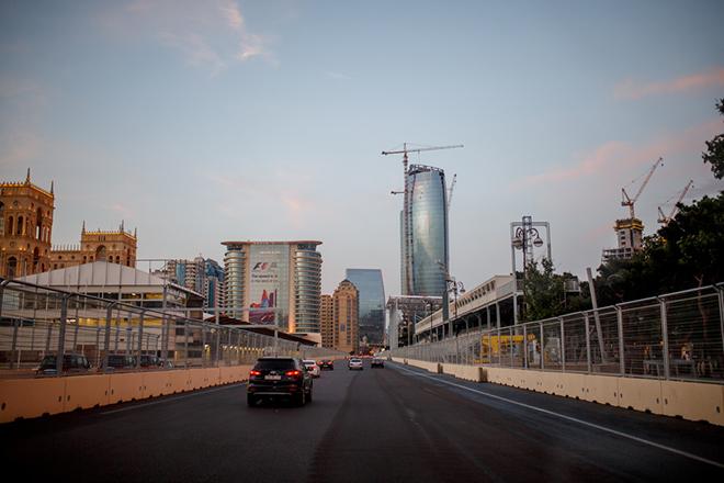 Сверхдлинная главная прямая Baku City Circuit