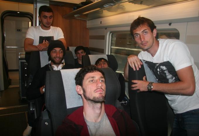 Гаджибеков, Сердеров и компания в поезде