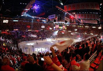 "Итоги сезона НХЛ. ""Детройт Ред Уингз"". ""Джо Луис Арена"""