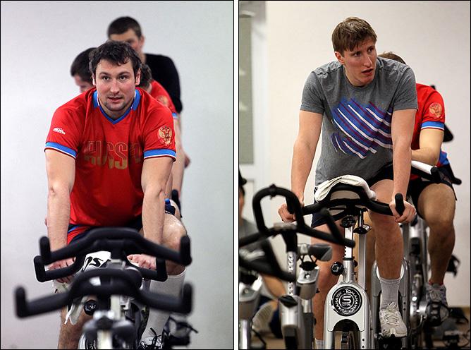 7 ноября 2011 года. Новогорск. Слева — Игорь Мусатов, справа — Евгений Бодров