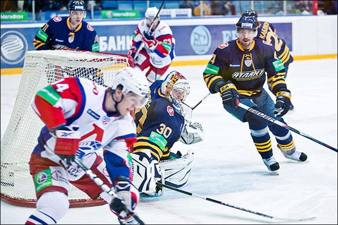 28.11.2010. Атлант - Локомотив - 2:3. Фото 02.
