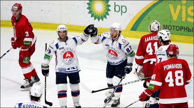28.11.2010. Витязь - Торпедо - 4:3. Фото 01.