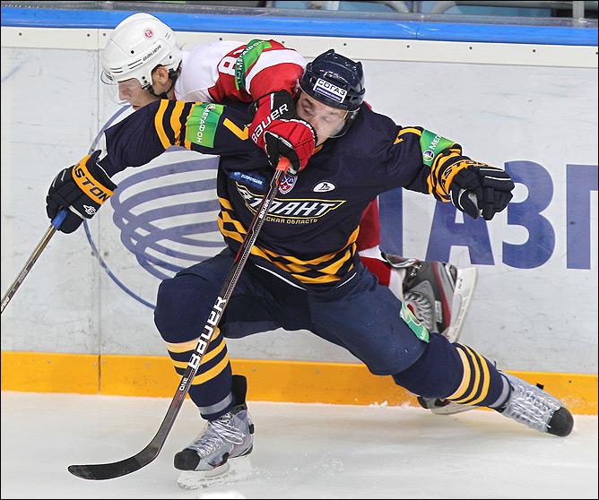 """Семёнов: у """"Витязя"""" получалось играть в хоккей"""
