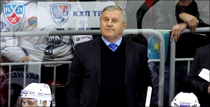 """Главный тренер """"Барыса"""" Владимир Крикунов"""