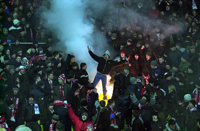 Болельщики «Спартака» празднуют победу над лондонским «Арсеналом»