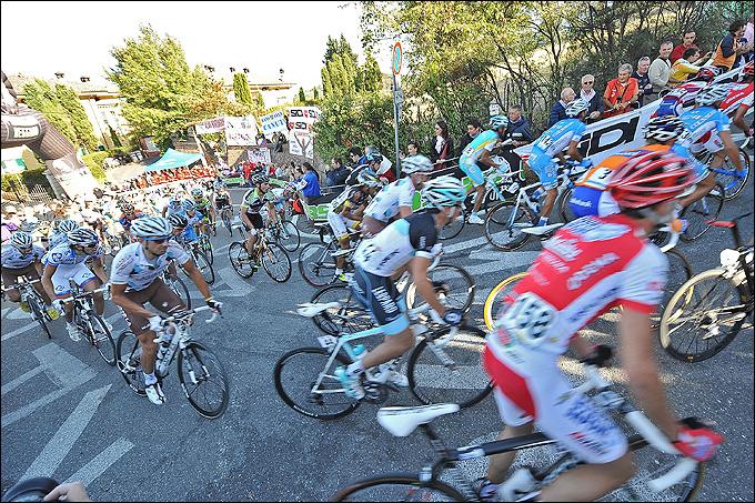 """Велоспорт. Шоссейная многодневка """"Джиро д'Италия"""". Италия"""