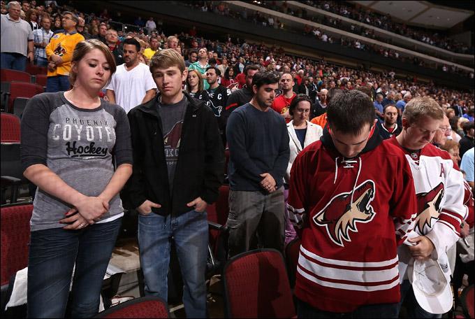 Мир скорбит по жертвам бостонской трагедии