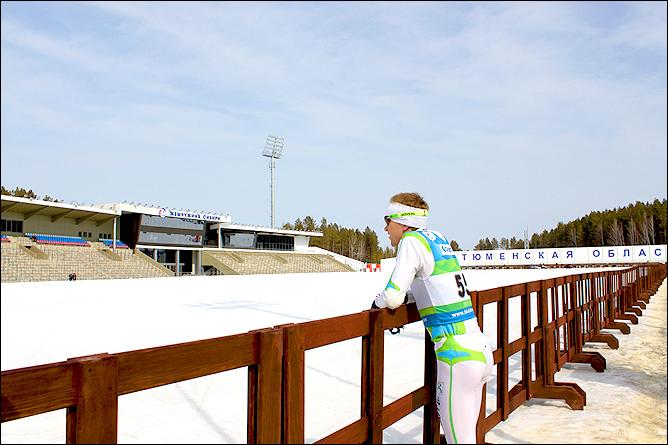 Алексей Волков наблюдает за тренировкой партнеров