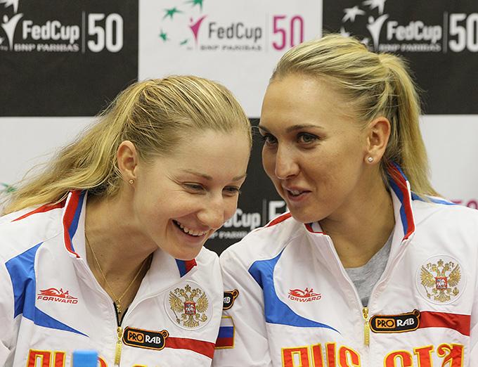 Екатерина Макарова и Елена Веснина постараются сохранить сборной России место в Мировой группе Кубка Федерации