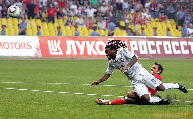 Вагнер забивает победный гол