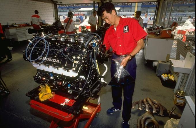 """""""Хонда"""" смогла адаптироваться к запрету турбомоторов и выиграть чемпионат-1989"""