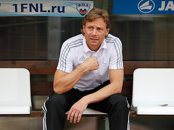 Главный тренер армавирского «Торпедо» Валерий Карпин
