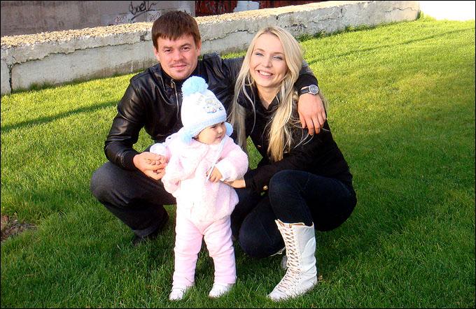 Ильнар Мисбахов с семьей