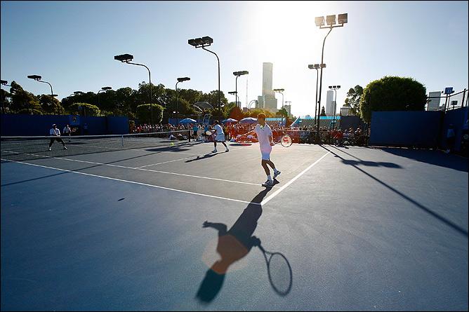 На старте Australian Open теннисистам мешала жара