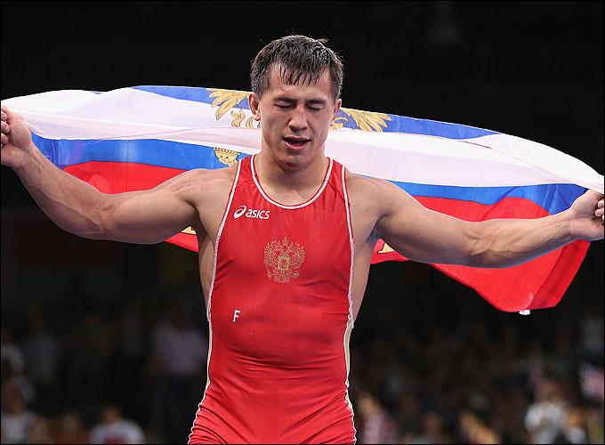 Роман Власов выиграл первое российское золото Лондона в борьбе