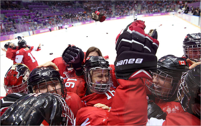 Канадки сотворили чудо в финале женского хоккея!