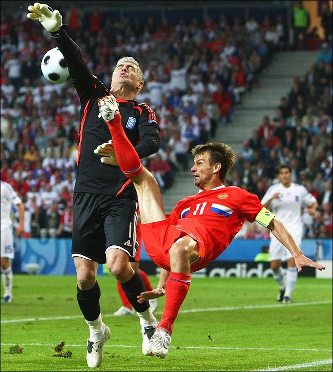 14 июня 2008 года. Матч группы D финального турнира 13-го чемпионата Европы. Греция — Россия — 0:1