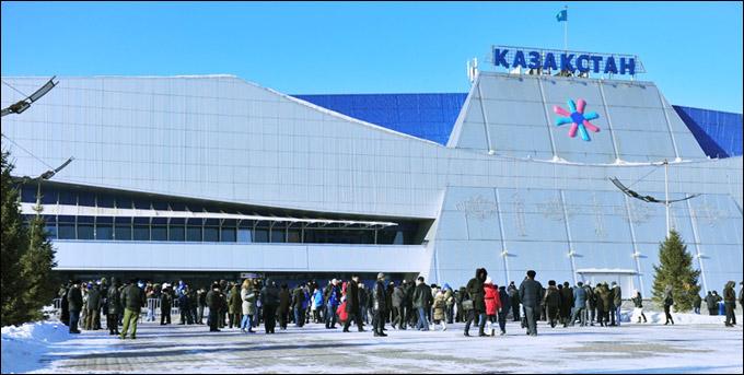 "Стадион ""Казахстан"" — домашняя арена ХК ""Барыс"""