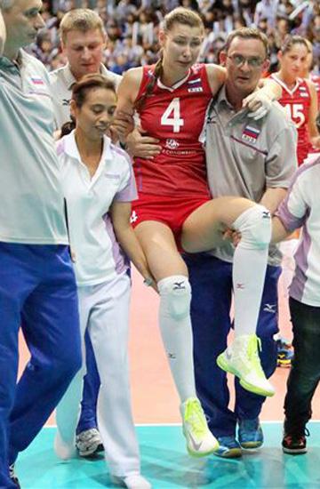 Ирина Заряжко получила травму ноги в конце первого сета
