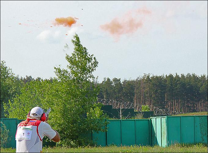 Оранжевое облако, символизирующее точный выстрел