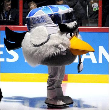 4 мая 2012 года. Хельсинки. Чемпионат мира. Финский талисман турнира