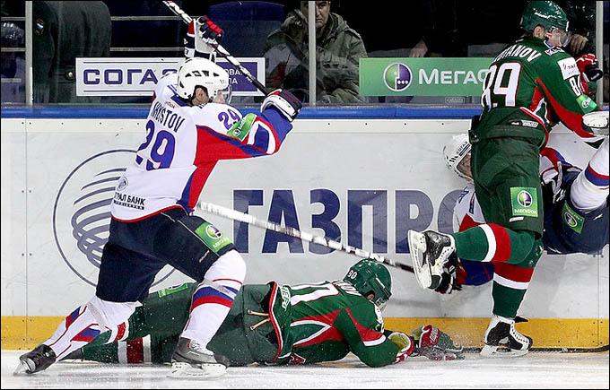 Денис Хлыстов