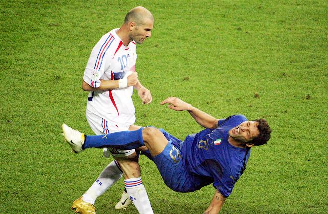 Зинедин Зидан против Марко Матерацци на ЧМ-2006