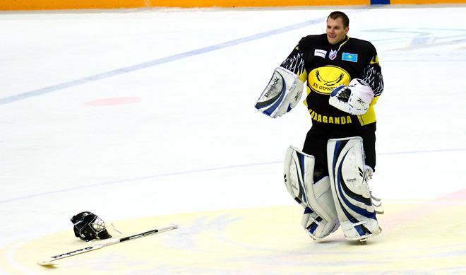 Владимир Ковач («Сарыарка») – лучший вратарь ВХЛ прошедшей недели