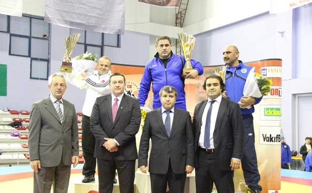 Вручение кубка Гоги Когуашвили за командное первое место