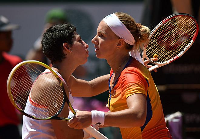 Суарес-Наварро завоевала свой первый титул