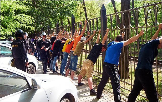 """Протест болельщиков """"Ростова"""" против Белоуса и Байдачного"""