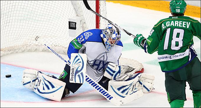 Артём Гареев открывает счёт своим голам в КХЛ