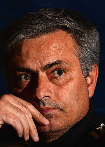 Жозе Моуринью может стать первым в истории тренером, выигравшим Лигу чемпионов с тремя разными командами
