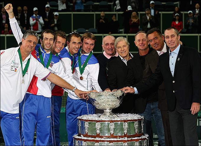 Иван Лендл, Ян Кодеш и другие обладатели Кубка-1980 были на финале-2012