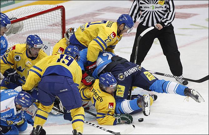 13 ноября 2011 года. Хельсинки. Кубок Карьяла. Финляндия — Швеция — 3:4