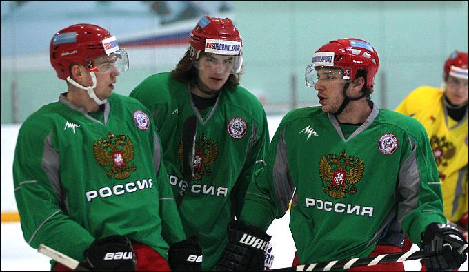 Партнёры по звену: Евгений Кузнецов, Виктор Тихонов и Михаил Варнаков