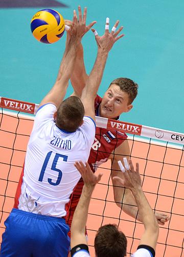 В атаке Николай Апаликов