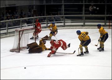Саппоро-1972. Хоккейный турнир. СССР — Швеция