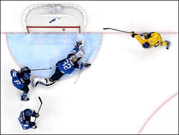 21 февраля 2014 года. Сочи. XXII зимние Олимпийские игры. Хоккей. 1/2 финала. Швеция — Финляндия — 2:1