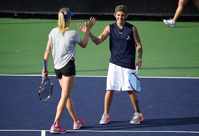 Бушар сыграла в теннис с Бибером